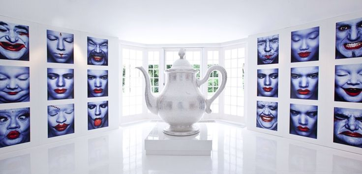 Tea Pot in Villa Naarden   Jan en Monique des Bouvrie   #design #interiordesign #art