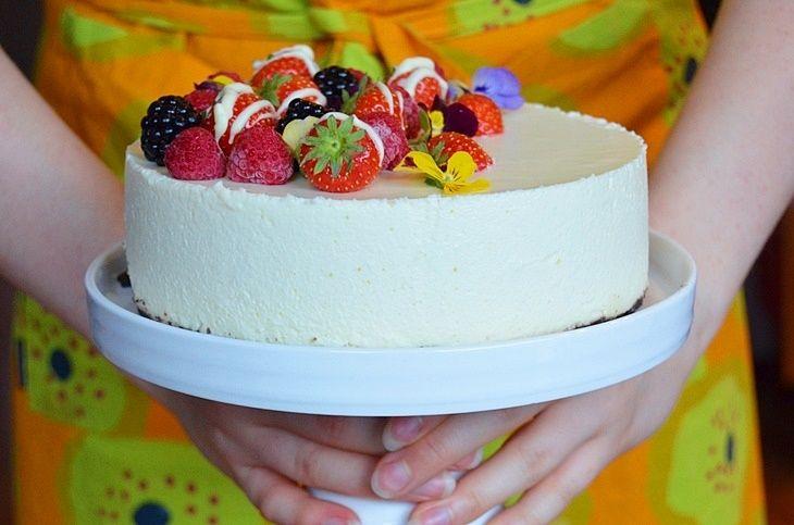 VALKOSUKLAAJUUSTOKAKKU #valkosuklaa #suklaa #juustokakku