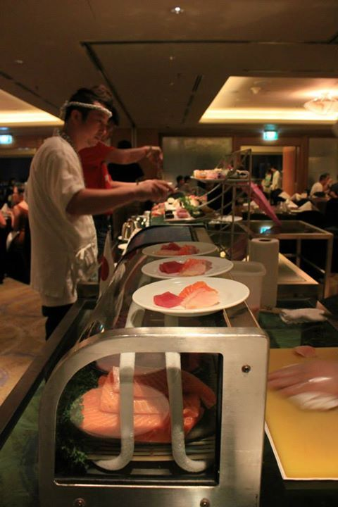 Feast on the Move at M Hotel Singapore