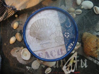 `Пляж` - Набор для ванной. Набор из баночки под морскую соль и подсвечника. В внутри подсвечника можно хранить запасные свечи или всякую всячину.   Комплект прекрасно впишется в ванную комнату или в интерьер в морском стиле.