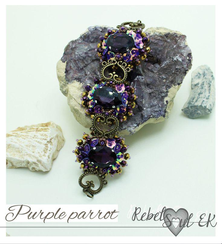 Purple statement crystal jewelry set, bead embroidery sparkling bracelet, bronze purple beadwork, Seed bead jewelry, Purple lilac violet