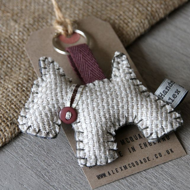 Westie Dog Keyring - i would make this for obvious reasons...hopefully it doesn't throw up and then re-eat it like my westie does...gross!