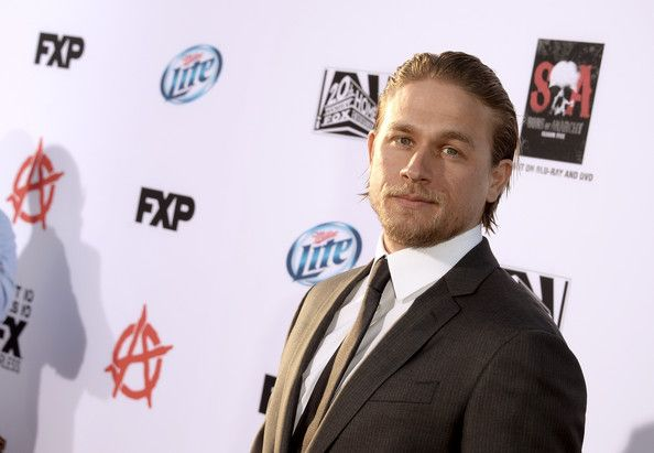 "Actor Charlie Hunnam attends the season 6 premiere of FX's ""Sons Of Anarchy"" at Dolby Theatre on September 7, 2013 in Hollywood, California."