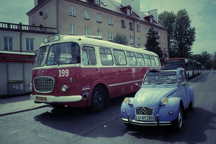 Jelcz 272MEX i 2CV. :-)