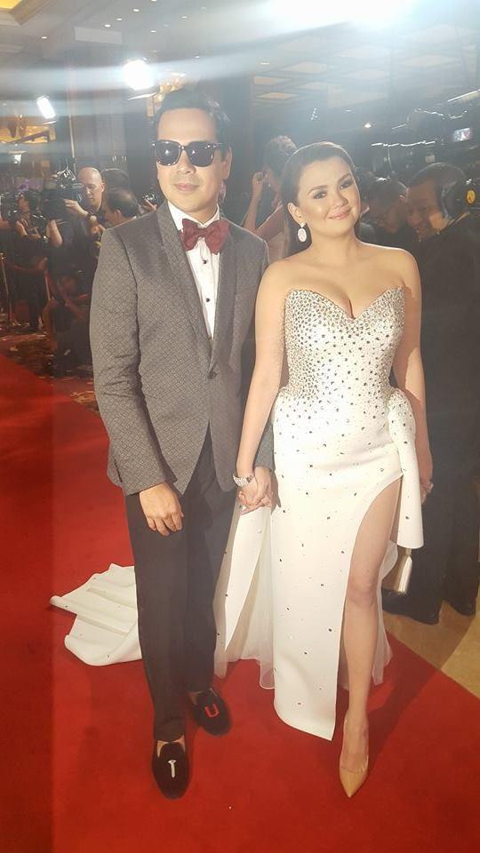 Va-va-voom! Madam Claudia arrives at #StarMagicBall2015 John Lloyd Cruz & Angelica Panganiban arrives in Rajo Laurel