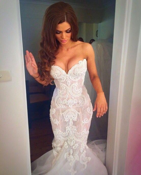 13 Vestidos de novia tan sensuales que te harán ir al infierno