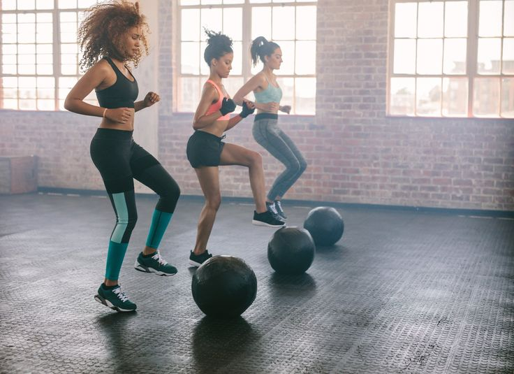 Direto dos calçadões cariocas, um time de experts responsáveis pelas curvas de celebridades, revela os segredos dos treinos de alguns dos corpos mais invejados do país