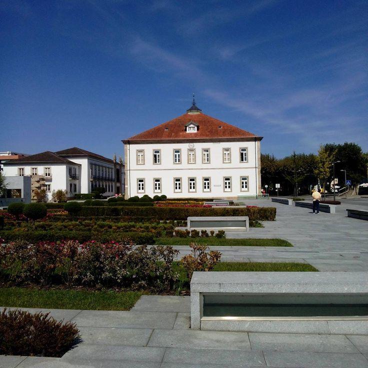 The library... #feelslikesummer #sunshine #vilaverde #greenville #bluesky #arquitecture #helloautumn #portugal