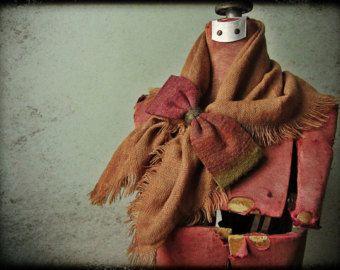 Upcycled trajes / harapiento andrajoso bufanda con suéter arco / mujeres accesorios bufandas / Upcycled bufanda / Shabby Chic / Mori Girl