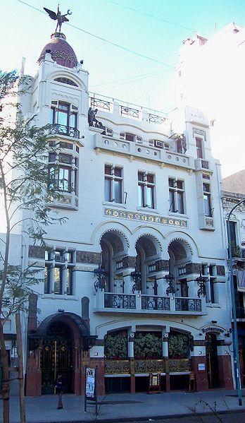 Club Español, en Bernardo de Irigoyen 176, Buenos Aires, Argentina