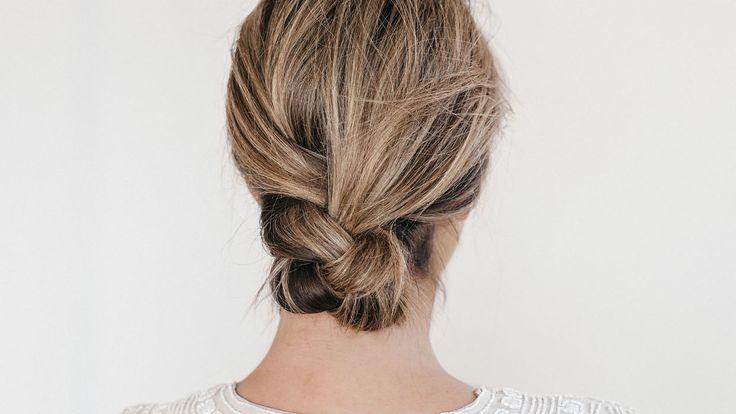 ENKEL OG ELEGANT: Hvis du har halvlangt hår bør du prøve Emilies flettefrisyre. Alle foto: emilietommerberg.com