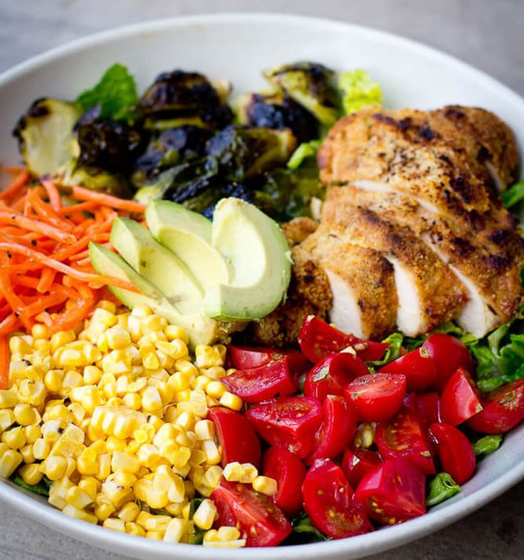 RAINBOW SALAD WITH BALSAMIC ROASTED BRUSSELS & PALEO ALMOND CRUSTED CHICKEN - PCOS lunch