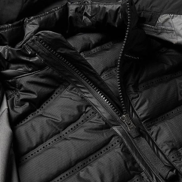 Nikelab Acg Convertible Gore-Tex® Down Jacket  This is Nike's innovative NikeLAB ACG All Conditions Gear two-in-one jacket. The outer waterproof GORE-TEX® layer is designed with notch lapels for the cool look of a blazer, while the inner jacket is filled with insulating down and has perforated panels to ensure warmth and breathability. STYLISM: Nike ACG #NikeLabACG #allconditiongear #nike #ACG #goretex #techwear #techwearshop #acronym #acrnm #urbanwear #urban #superfuture #stoneisland…