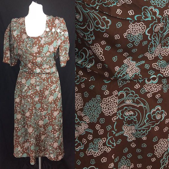 1940s Novelty Print Feather and Flower Rayon Silk Dress  UK