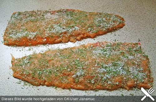 Graved Lachs dazu eine leckere Dill - Senfsauce