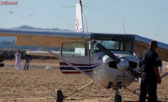 Pequeno avião faz pouso de emergência na praia em Portugal e deixa 2 mortos   – Mundo