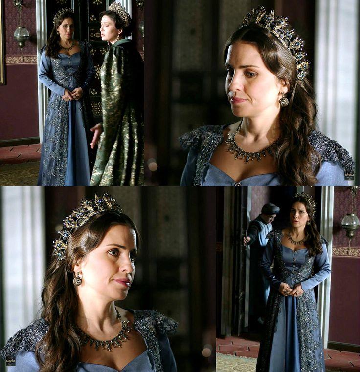 Gevherhan Sultan's blue dress w/shimmer lace overlay, 2x07