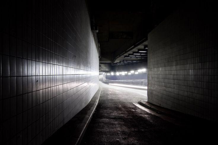 Urban lights - Urban architecture photography | LudImaginary