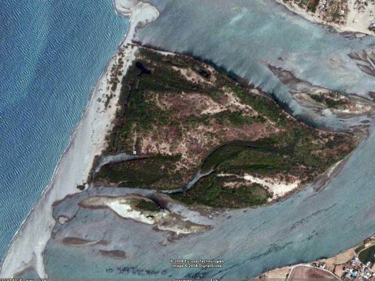 Philippines (Laoag) - Island Resort in the Philippines For Sale