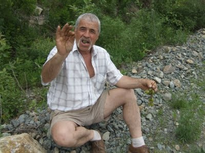 Being offered a grape by drunk man outside Vladivostok