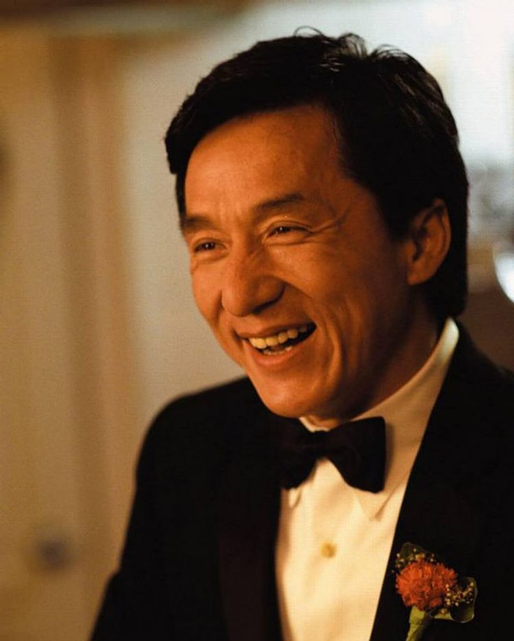Elegant, smart, fashionable  007 James Bond a.k.a. Jackie Chan  #jackiechanmovie #jackiechanstyle #jackiechanfans #jackiechan