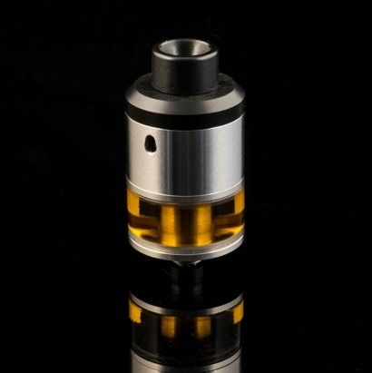 The O-Genny is the latest creation from OC&D. Continuing with the success of the O-Atty, it is a natural step forward that leads us to the creation of the O-Genny. Based on the O-Atty build deck and airflow design, the O-Genny takes all the features of the O-Atty and incorporates a Genesis Style tank.    Only 2 items in stock ! Warning: Last items in stock!    FEATURES :         Manufacturer: Odis Collection & Design,       Country: Canada,       Design in Stainless Steel,       Capacity…
