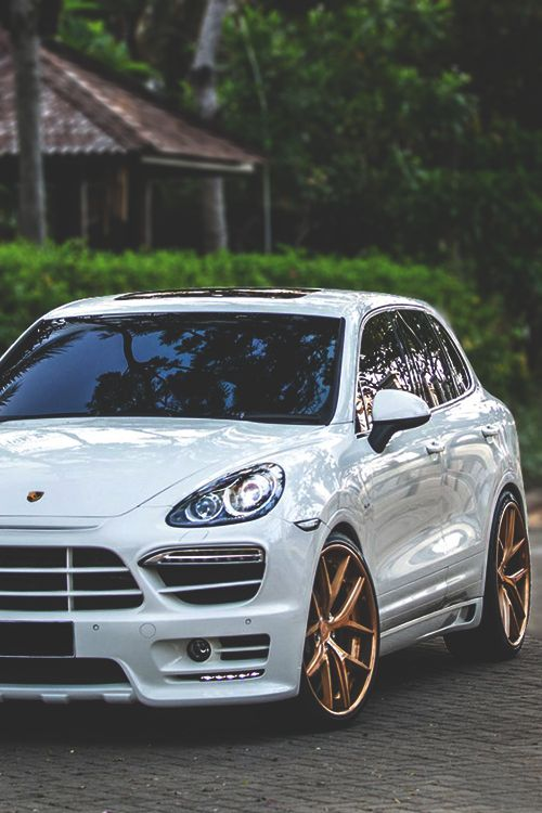 johnny-escobar: Porsche Cayenne GTS