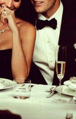 #wattpad #romance BAD ROMANCE CLUB, merupakan sebuah club yang digawangi oleh 5 sahabat. Luna seorang sekretaris yang terlilit hutang gara-gara jatuh hati pada pria yang salah; Meida, pengusaha toko bunga yang sudah berpacaran bertahun-tahun namun tak kunjung dilamar oleh kekasihnya; Nuri seorang staff admin kantora...