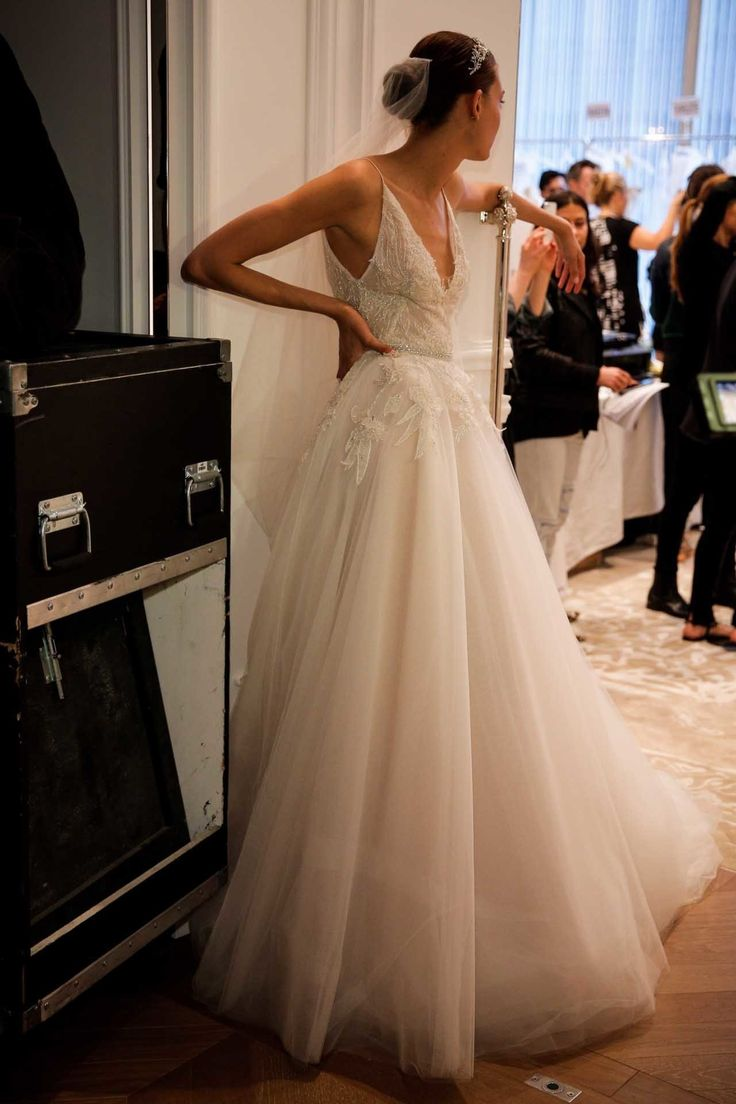 11 wedding dresses you wouldn't say no to from bridal fashion week spring 2016 - Vogue Australia