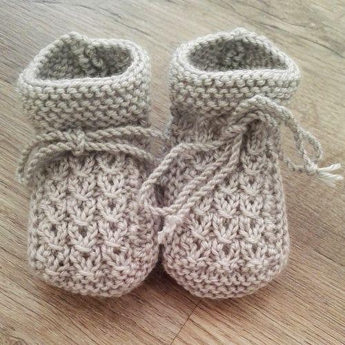 We Like Knitting: Little Eyes Baby Booties - Free Pattern