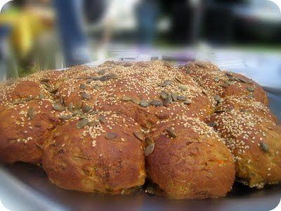 Skarntyden og lupinen:  Brydebrød med gulerødder og solsikke