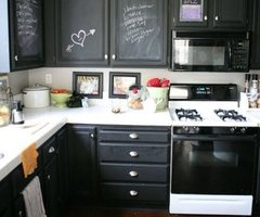 kitchen cabinets painted with blackboard paint