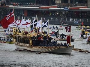 The royal rowbarge Gloriana flying the Cornish flag. This was the first time since Henry VIII's coronation that Cornwall was being officially and publicly acknowledged as a nation of the UK, separate from, and distinct from, the other 5.