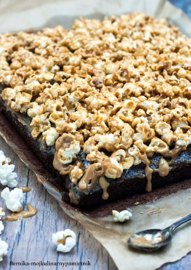 Brownies with caramel and popcorn