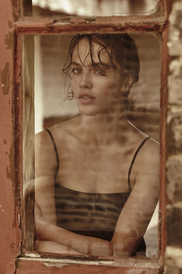 Jessica Brown Findlay, photographed by Lucia O'Connor-McCarthy for The Evening Standard, July 2015.