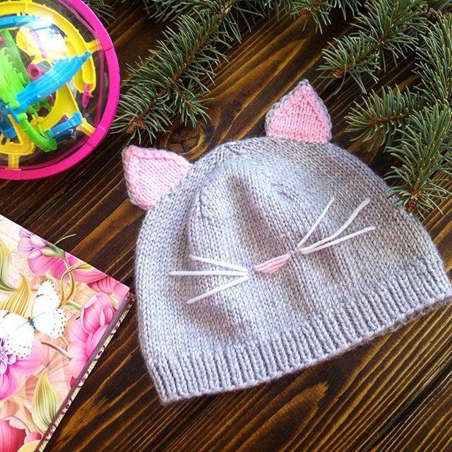 Представляю Вам очередную шапочку ,💗которую связала для @elen3232.Пряжа итальянская, полушерсть .Возможен повтор❤️#knitting_am#рукоделие#вязание#вязаныешапки#шапки#вязаныйчепчик#малыш#люблювязать#вязание#модныеаксессуары#мода#зима2017#подарок#ямама#мамочка#дети#девочки#принцесса#лапулька#солнышко#малышка#маминстаграм#инстадети#фотосессия#фотограф#лучшеефото#молодаямама#russia#baby#mimikids#imom#