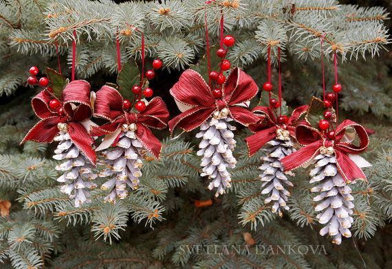 Pine Cone / Christmas Ornament / Pinecone Wedding / by LaivaArt