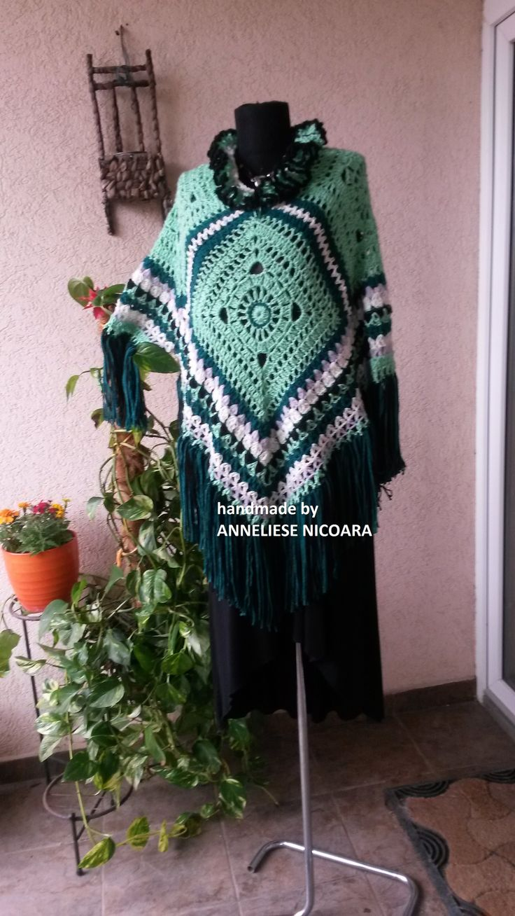 Women's Handcrocheted Poncho With Fringe and 3/4 Sleeves/Green Poncho /Country Poncho/3 seasons Poncho
