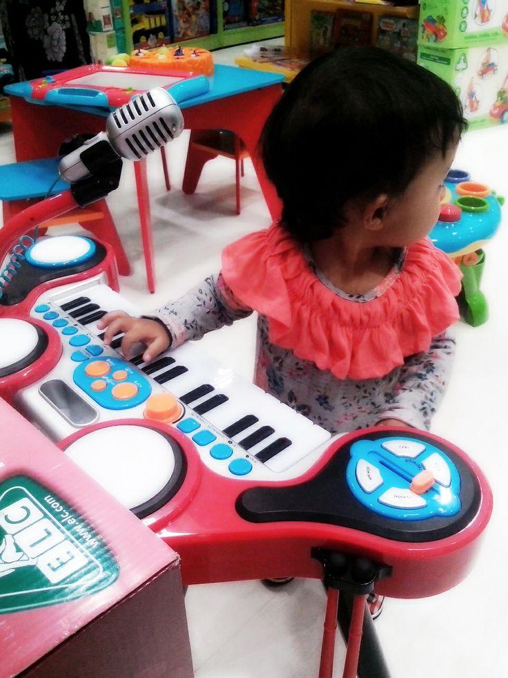Alina and a Piano.