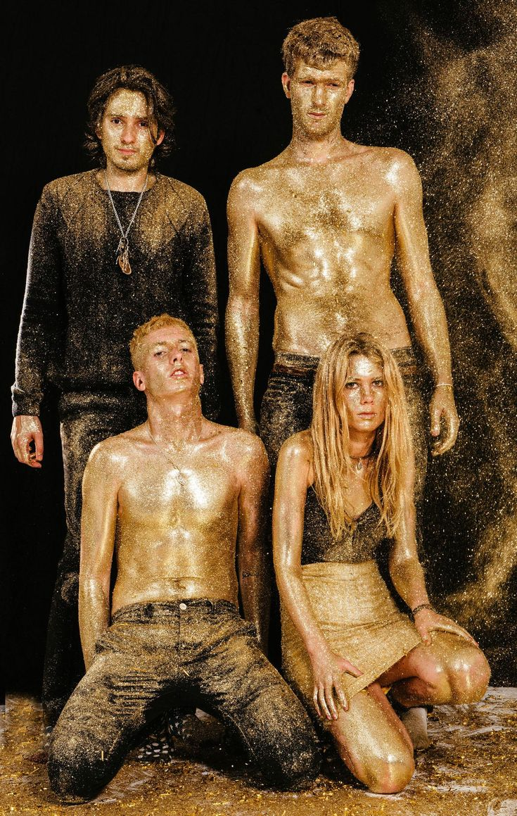 Their style for the first album is covered in gold glitter, this could he incorporated into the video