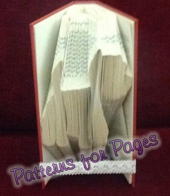 Book folding pattern for a WESTIE DOG by PatternsForPages on Etsy. Sale on now, 20% off