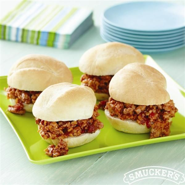 Cheesy+Chicken+Sloppy+Joe+Sliders+from+Smucker's®