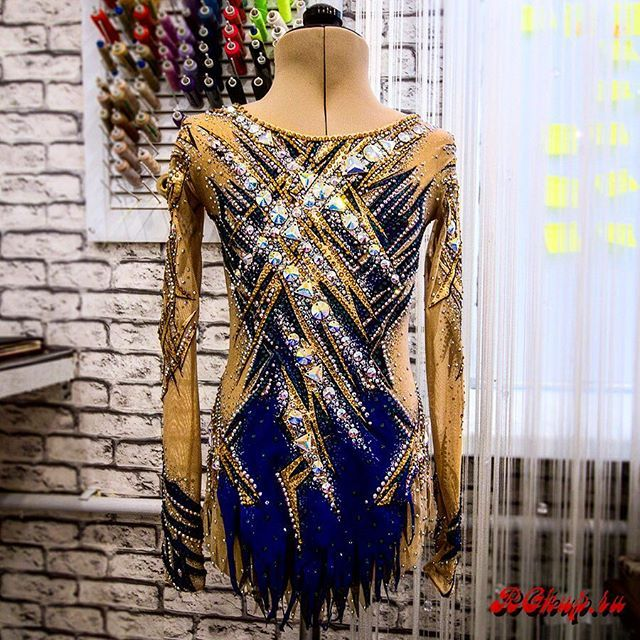 One more just finished leotard I would like to show you today. How do you feel it, my dear guests and followers?#rg #rgkup #pinterest #rhythmics #ritmica #rhythmicgymnastics #gymnast #gymnastics #gymnasticslife #handmade #costume #body #outfit #dress #sport #sportswear #dancewear #leotard #sale