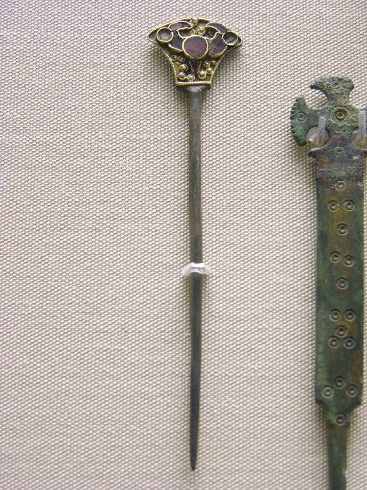 238 best anglo saxon 7th century images on anglo saxon ancient jewelry and viking age