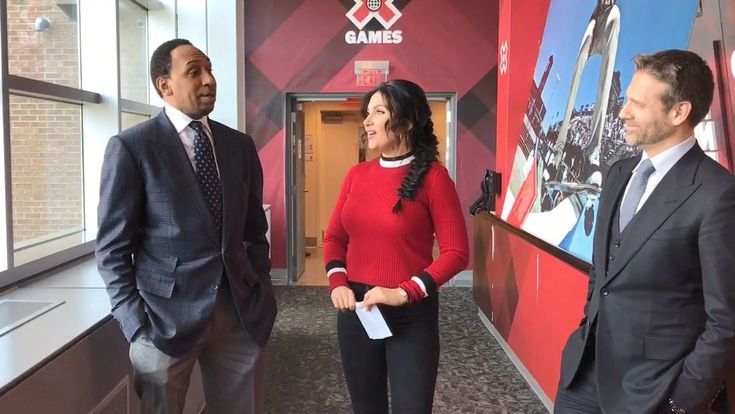 Stephen A. Smith, Max Kellerman and Molly Qerim break down how they go about filling out their NCAA tournament brackets.