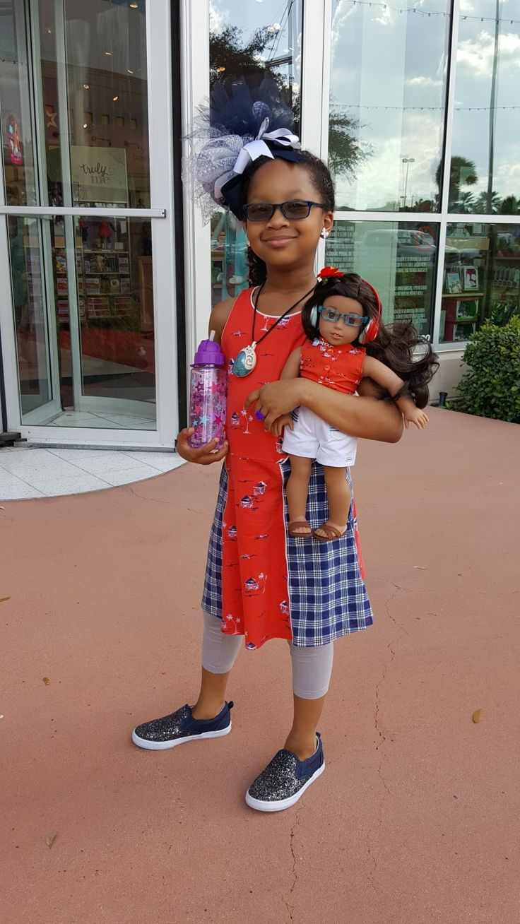 My American Girl Doll Place Houston Store September 23rd 2017 visit. Makes the Weekend of a Honor Roll Student a little more exciting. @agoffical #eyeglasses #americangirlbrand #joy2everygirl #Nanea Mitchell