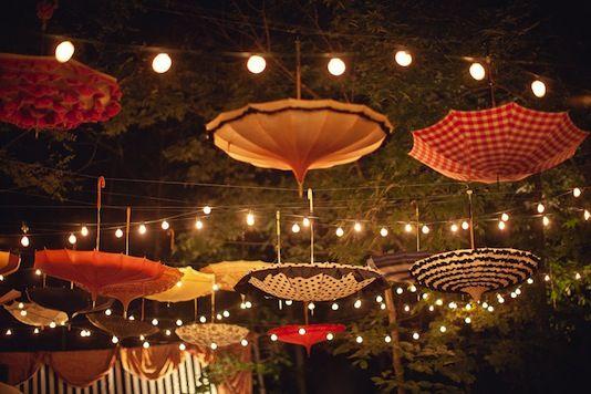"Mariage ""cirque"" dans la forêt - Damask & Dentelle blog"