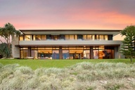 Luxury Albatross Residence by Bayden Goddard Design Architects. Winner of house of the year for the Gold Coast region in the Australian Institute of Architect Awards.