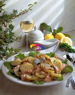 Insalata di salmone e patate | Cucinare Meglio