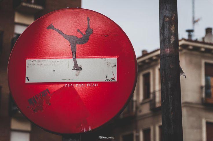 Prohibido Prohibir by © Félix Moreno Palomero #97 of #365Photos #Reto #Rojo — con Fany Estefy Rodriguez, Luis Candelas, Marisa Sobrado, Jose Maria Martin Diaz y Jose María Caballero Fernandez en Lavapiés.
